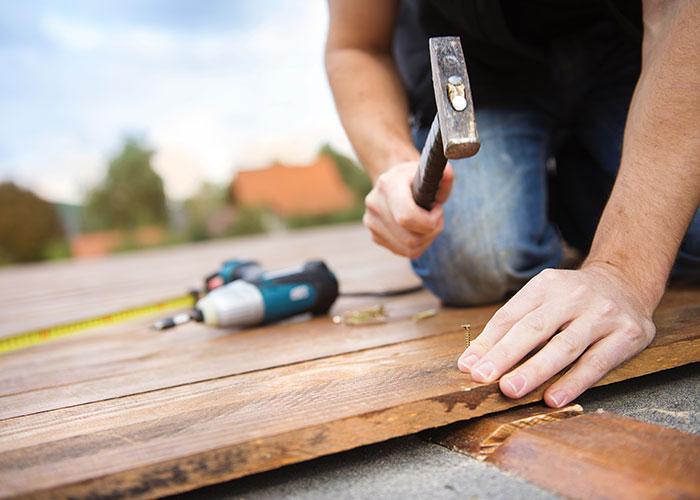 handyman fixing